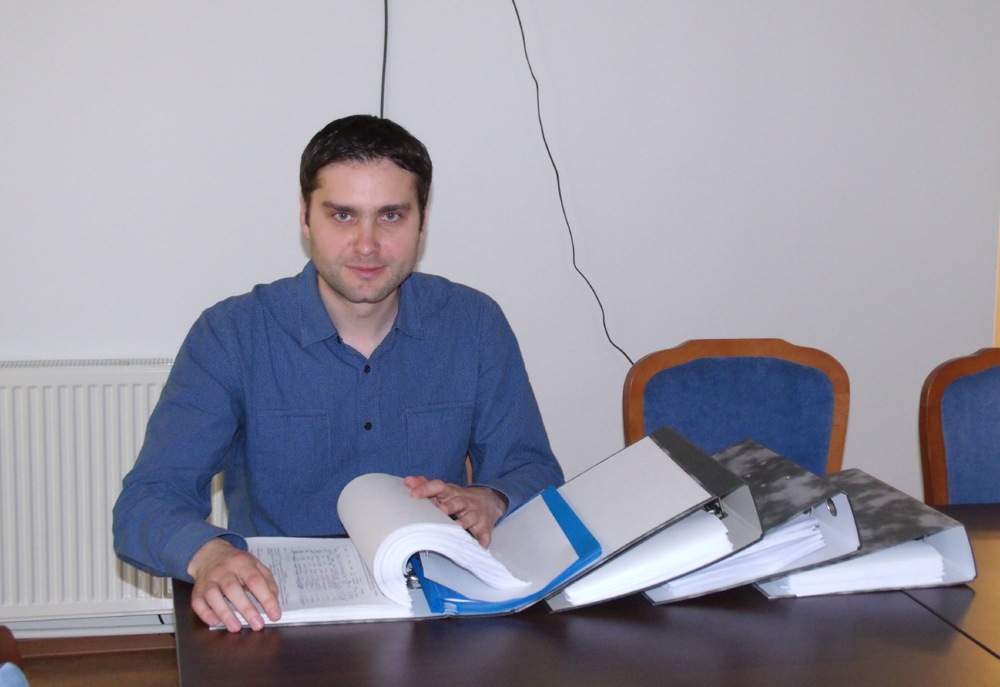 I have raised over 3000 support signatures for my candidacy to Galati City Council